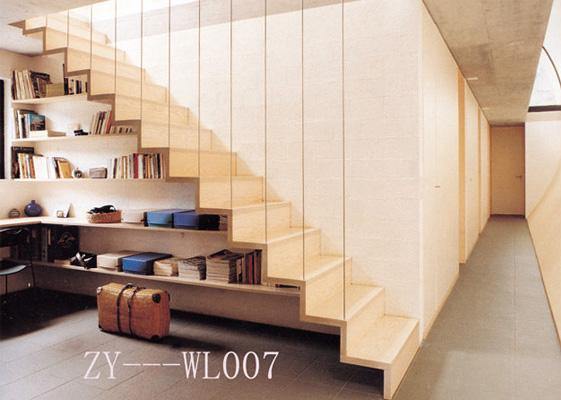 扶手与护栏 结合欧式风格,采用汽车烤漆工艺,制作出精致别雅,高档楼梯