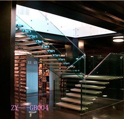别墅,错层,跃层不可缺少的家用楼梯
